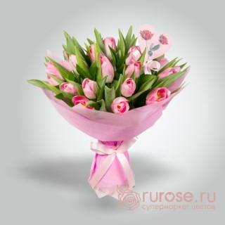 """Букет из 17 тюльпанов """"Розовинка"""""""