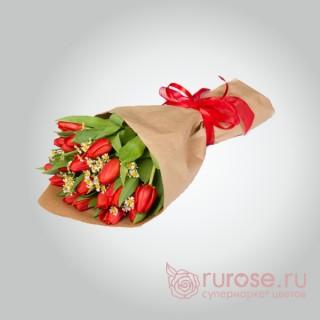 """Букет из 17 тюльпанов """"Душевный подъем"""""""