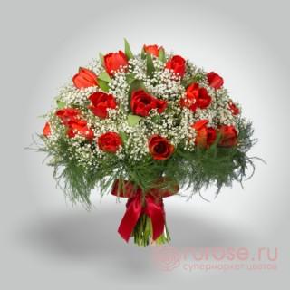 """Букет из 17 тюльпанов """"Красное боа"""""""