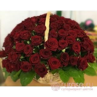 """Корзина с розами """"История любви"""""""