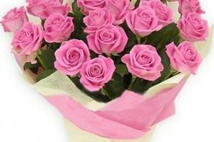 Декоративные элементы в оформлении цветочных букетов