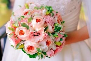 Недорогие свадебные букеты