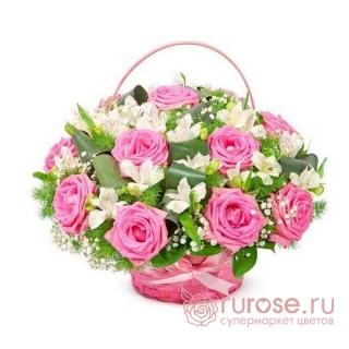 "Корзина с розами ""Биатрикс"""