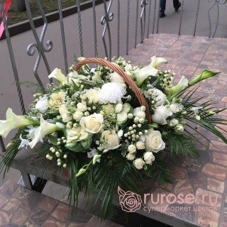 "Корзина цветов ""Два сердца"""