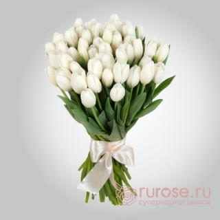 """Букет из 41 тюльпана """"Весенняя роса"""""""